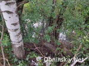 Свалка в городе Обнинске использованных шпал в креозоте