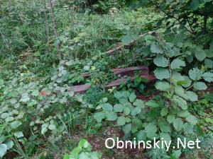 Несанкционированная свалка отработанных шпал в Обнинске